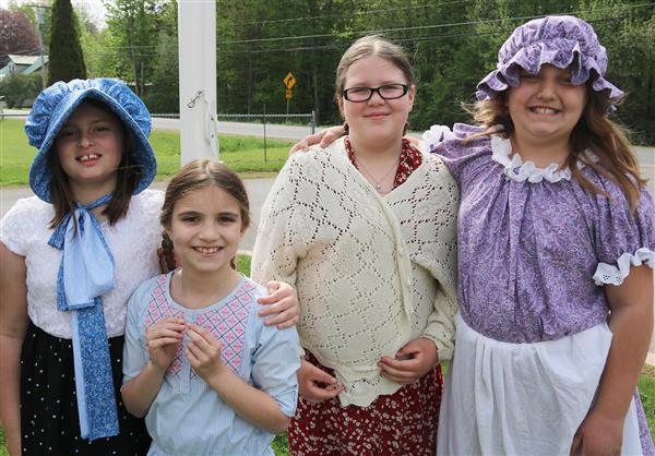 4th graders visit one-room school house