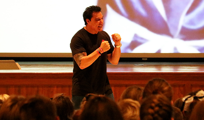 Motivational speaker visits Mexico Middle School