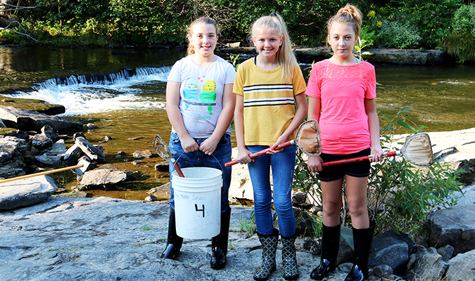 Middle School Students Take Water Quality Samples